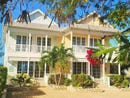 TWIN PALMS COTTAGE 1 2, Green Turtle Cay, Abaco